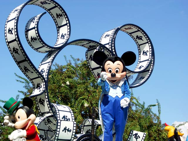 Mickey mouse on the parade - florida