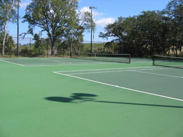 Emerald Island Tennis Courts